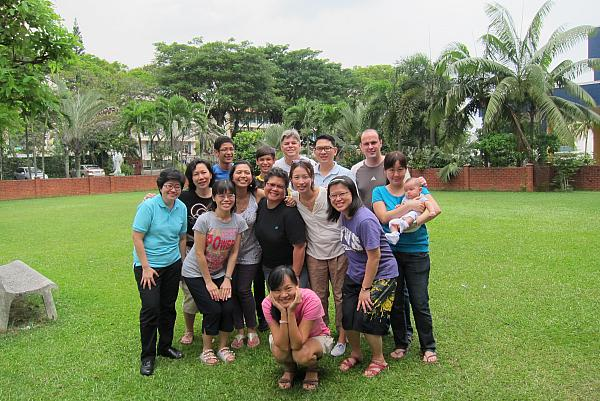 195-2013_09_28-29 Friends of ICPE Retreat SG.JPG